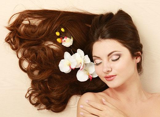 しっとりサラサラの美髪が手に入る、パサついた髪の毛もまとまりやすいツヤ髪に!